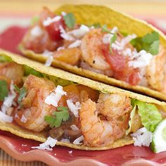 Shrimp Tacos with Peach Salsa Shrimp Recipes, Mexican Food Recipes, Ethnic Recipes, Mexican Main Dishes, Great Recipes, Favorite Recipes, Peach Salsa, Stonewall Kitchen, Dinner Entrees