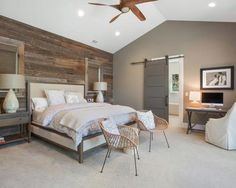 It's also not easy to build a modern rustic bedroom design in your home. You should also pay attention to some so that your rustic bedroom design is not boring. Modern Rustic Bedrooms, Farmhouse Style Bedrooms, Farmhouse Master Bedroom, Master Bedroom Design, Small Bedrooms, Master Suite, Bedroom Designs, Bedroom Rustic, Rustic Modern