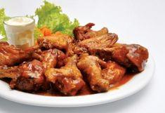 Cosce ali pollo salsa chili rossa sapore forte deciso abbinamento vini salse chili rosso ali cosce pollo arancia erbe aromatiche soia zenzero ricette