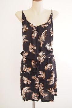 f5a2e50961a4 HM Summer 2018 Palm Print Jumpsuit Romper Size L   16 BRAND NEW WITH TAGS