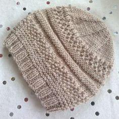 We Like Knitting: Simple Sample Hat - Free Pattern #knittingpatternsladies