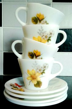 JAJ Pyrex Autumn glory cup and saucer set by StrawberryfVintage