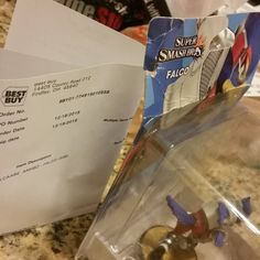 @bestbuy #areyoukiddingme just got this in the mail.  So sick of the b.s. #bestbuyfail #bestbuy #falcoamiibo #customamiibo #amiibo #art #nintendo #nintendolife #gaming #igers #igersnintendo #videogames #gamer #gamers #starfox #figurine #toystolife #nintendofan #wiiu #3ds #ssb #supersmashbros #collectables #smashbros #fail #customerservice