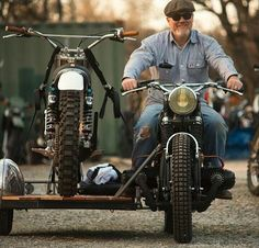 just ride side car bike hauler Cool Motorcycles, Vintage Motorcycles, Bobbers, Motocross, Bike With Sidecar, Sidecar Motorcycle, Enduro Vintage, R80, Motorcycle News