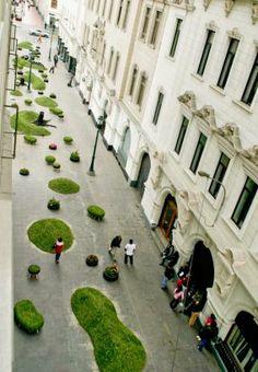 """Invasión Verde, designed by Genaro Alva, Claudia Ampuero, Denise Ampuero, and Gloria Rojas. One of five selected entries in Lima's """"Centro Abierto 2010, intervenciones de sitio especifico en el Centro Histórico""""."""