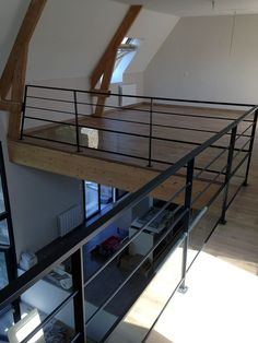 Fashionable balcony railing design iron just on homestre home design Loft Railing, Balcony Railing Design, Warehouse Living, Balustrades, Loft Studio, Modern Staircase, Loft Design, Loft Spaces, New Homes