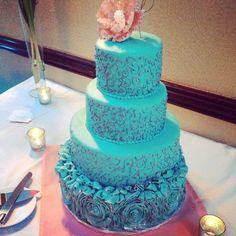 Wedding Cake to Match Decor