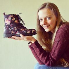 Love my shoes by Iris Venema Bright Flowers, Personal Taste, Iris, 18th, February, T Shirts For Women, Shoes, Style, Fashion
