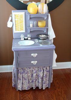 kids play kitchen - made from night stand, I bought a night stand and am considering this design-what think you all?