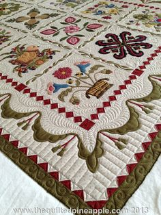 Very pretty Baltimore Album quilt! Loads of detailed pictures! Simply precious! THE QUILTED PINEAPPLE: Heartland Quilt - Pattern by P3 Designs