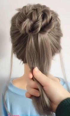Disney Hairstyles, Heatless Hairstyles, Bun Hairstyles For Long Hair, Trendy Hairstyles, Wedding Hairstyles, Beauty Skin, Hair Beauty, Brown Blonde Hair, Grunge Hair