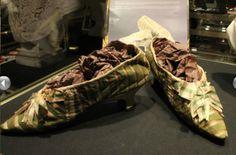Marie Antoinette's Shoes | Marie Antoinette's Shoes for Auction @ Drouot, Paris