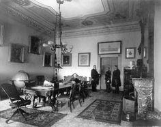 treaty-room-as-cabinet-room-1890s.jpg (600×474)