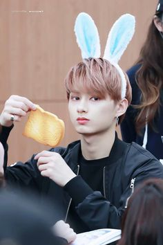 Wtf? Out of all things someone gave Jun some toast