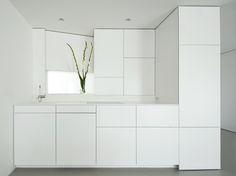 Küche weiß lackierte Oberflächen