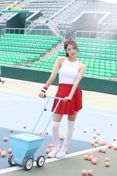 Woollim Entertainment, Korean Model, Pose Reference, Kpop Girls, My Idol, Cheer Skirts, Cute Girls, Asian Girl, Baby Strollers