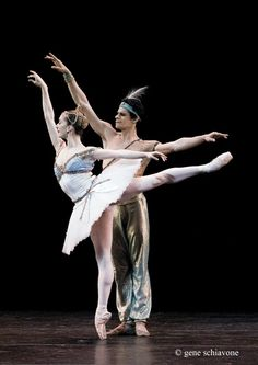 Marianela Nunez and Thiago Soares in Corsaire. They're actually married!!