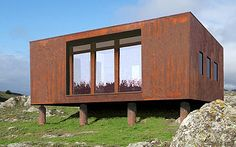 Tumbleweed Houses. 370 sq ft. $26,000 to build. http://asaturner.blogspot.com/2008/09/z-glass-house.html ~ http://www.youtube.com/watch?v=CV0h_wtx3xQ