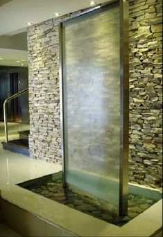 Glass wall fountains indoor water fountains pinterest for Interiores para marihuana