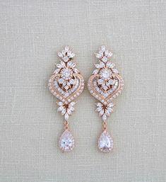 Rose gold earrings Wedding jewelry Bridal earrings Bridesmaid earrings Chandelier earrings Crystal e Pearl Earrings Wedding, Rose Gold Earrings, Bridesmaid Earrings, Wedding Jewelry, Crystal Earrings, Rhinestone Earrings, Wedding Accessories, Jhumki Earrings, Rose Necklace