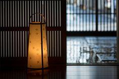 木版画職人が摺り、竹工芸職人が仕上げた木版行灯 -   puree online store