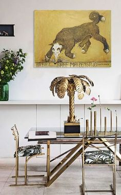 mustbeaprettygoodlife:  Fiona Leahy  http://www.cocokelley.com/2013/08/room-of-the-week-8-8/