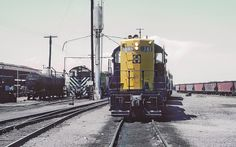 https://flic.kr/p/ZaoSRr | AT&SF GP9 741 and S4 1511 resting in Phoenix, AZ on July 24, 1962