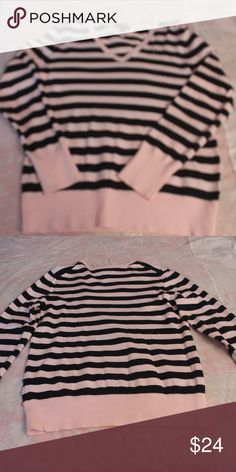 Tommy Hilfiger Women's Sweater Women's Tommy Hilfiger v neck long  long sleeve sweater.  Pink and Navy stripe.  very soft and comfortable- Cotton blend - medium weight - like new, worn no more than 5 times. Tommy Hilfiger Sweaters