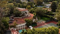 Inside a $25M Beverly Hills Home Once Owned by Paramount Pictures – Robb Report Beverly Hills Houses, Los Angeles Homes, Paramount Pictures, Maine House, Acre, Terrace, Swimming Pools, House Design, Mansions