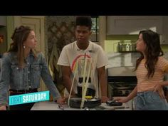 """Get set for the ultimate battle of the bots in the brand newSide Hustle episode """"Bot Club"""", premiering Saturday, May 15, 2021 at 8:00 p.m. ET/PT, followed by a all new spooky Drama Club at 8:30, only on Nickelodeon! Check out the promo below!:In the brand new Side Hustle episode """"Bot Club,"""" Lex (Jules LeBlanc), Presley (Jayden Bartels) and Munchy (Isaiah Crews)discover that Fisher(Mitchell Berg) is a big-time player in the underground robot fight club scene in Altoonisburg; hav"""