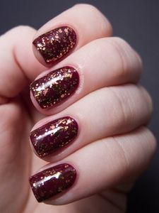 Trendy Fall Nails! Spice yours up with a splash of sparkle...