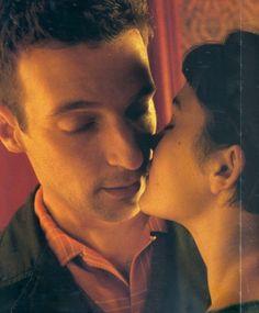 """Audrey Tautou e Mathieu Kassovitz em cena de """"O Fabuloso Destino de Amélie Poulain"""", filme de 2001 dirigido por Jean-Pierre Jeunet. Veja também: http://semioticas1.blogspot.com/2011/11/cahiers-du-cinema.html"""