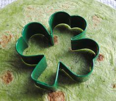 Baked Shamrock Chips using a spinach tortilla