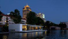 Maison flottante sur le fleuve Amstel aux Pays-Bas, Une-Watervilla-par-+31ARCHITECTS #construiretendance
