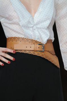 Leather belt / Talbot Runhof - 2012