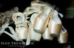Elena Glurdjidze's Gaynor Minden pointe shoes