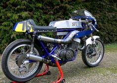 SUZUKI T500 Post Classic Racer Suzuki Cafe Racer, Suzuki Motorcycle, Cafe Racer Bikes, Cafe Racer Build, Racing Motorcycles, Custom Motorcycles, Racing Bike, Vintage Racing, Cool Bikes
