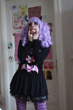 D8(the wig is from gothic lolita wigs if you want the same one U v Uhttp://www.gothiclolitawigs.com/dollight-collection-powder-lavender/)