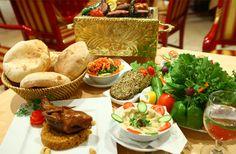 Do As I Dubai: How to Eat, Navigate, and Socialize Like a Local