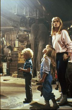 Still of Kristy Swanson, Ben Ryan Ganger and Lindsay Parker in Flowers in the Attic