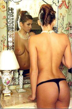 Jessica alba giving a handjob