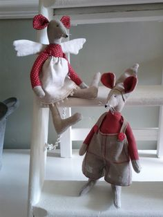 Patchwork Chickens: Mr & Mrs Christmas Angel Mouse
