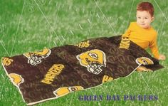 Green Bay Packers Sleeping Bag for Kids Picnic Blanket, Outdoor Blanket, Kids Sleeping Bags, Green Bag, Kids Bags, Green Bay Packers, Sleepover, Sports, Hs Sports