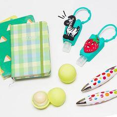 Hanna essentials! Vení a nuestros locales a buscar tus favoritos  #EstiloHanna   SnapWidget