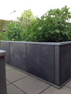 vegetable garden design ideas for small gardens Garden Design Plans, Modern Garden Design, Backyard Garden Design, Patio Design, Landscape Design, Contemporary Garden, Vegetable Garden Planning, Vegetable Garden Design, Vegetable Bed