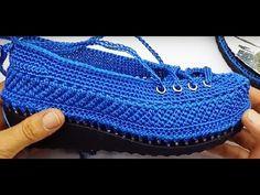 Modelos de zapatos de tejer, Sırma Summer Knitting Shoe Model Making, Crochet Baby Boots, Crochet Shoes, Crochet Slippers, Nike Presto Damen, Reebok, Minimalist Outfit, Summer Knitting, Crochet Videos, Men S Shoes
