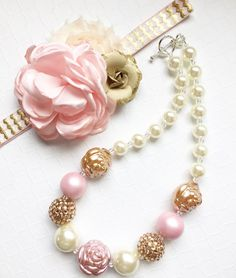 Pink and gold chunky bubble gum necklace, bubble gum necklace, chunky bead necklace, photo prop neck Chunky Bead Necklaces, Bubble Necklaces, Chunky Beads, Girls Necklaces, Bubble Gum Necklace, Little Girl Jewelry, Baby Jewelry, Kids Jewelry, Bridal Jewelry