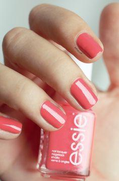 Loving this colour this springtime - Essie Sunday Funday.