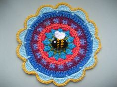 Link to mandala pattern and Bee