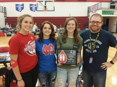 Congratulations Clinton-Massie High School - a CBC Red Cord Honor School for 2016-2017! CBC's Bill Roy presented the award to blood drive coordinator Bill Ryan & several Key Club members.